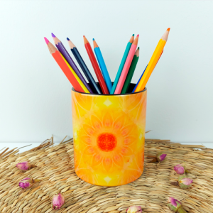 Living with one's soul Pencil holder